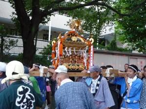 20110903mikoshi6